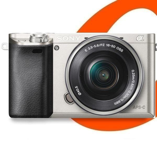 Sony Alpha a6000 + 16-50mm Lens