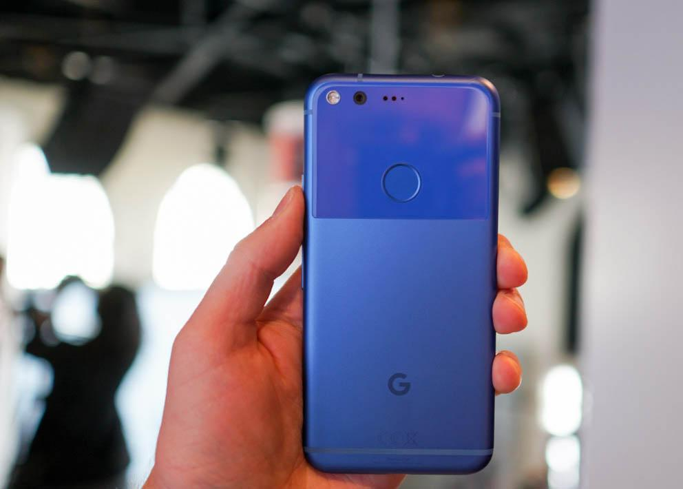 RARE Google Pixel - 32GB - Really Blue Smartphone