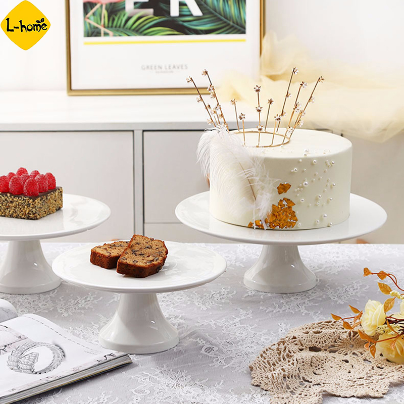White Ceramic Cake Stand Loaf Bread Display Stand With Lid Glass Cover Fruit Tray Afternoon Tea Snack Cake