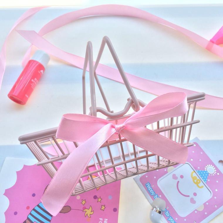 INS Wind Girl's Heart Pink Bow Mini Storage Basket Desktop Ornaments Photographic Prop