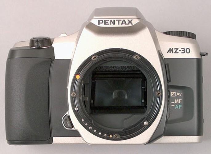 Pentax MZ-30 SLR 35mm Auto Focus Body Only